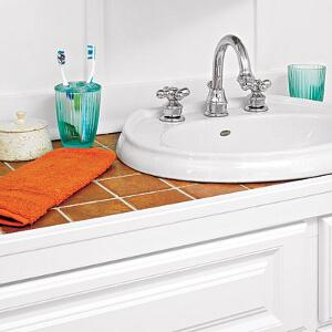 Clean Bathroom Sink With Mold and Germ Prevention